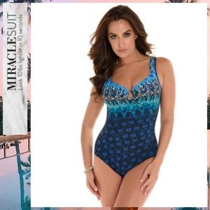 🔥🌼🆕NWT MIRACLESUIT SUNSET CAY ESCAPE